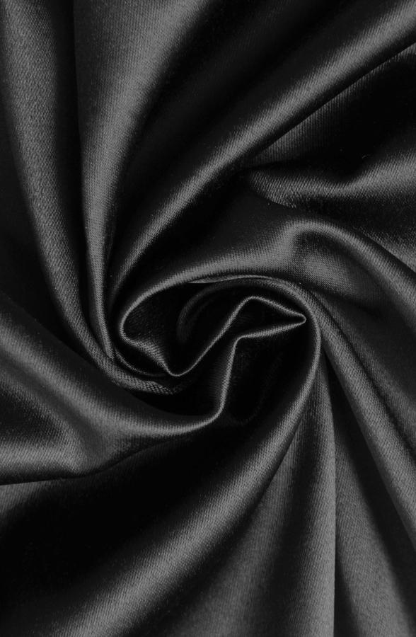 Скатерть черный атлас круглая